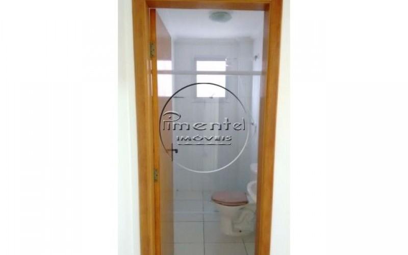 Banheiro suite c/ box de vidro