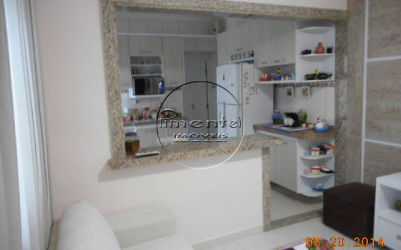 Sala c/ vista para a cozinha
