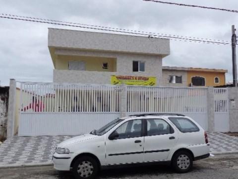 Casa Sobreposta 2 dormitórios p/ venda em Praia Grande