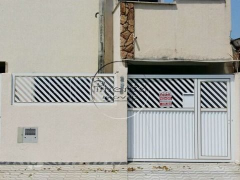 Sobrado 2 dormitórios p/ venda na Guilhermina