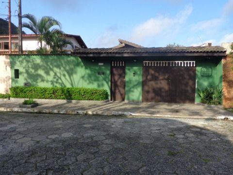 Casa Isolada 3 dormitórios p/ venda no Canto do Forte