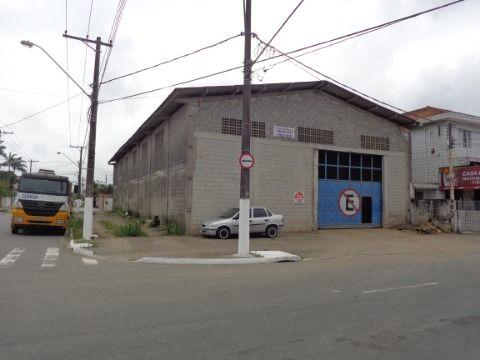 Galpão c/ 720 m2 p/ alugar no Tude Bastos