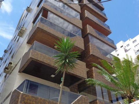 Apartamento 2 dormitórios p/ venda no Forte Prédio à Beira Mar