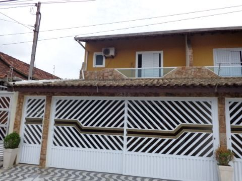Sobrado Geminado 3 dormitórios p/ venda no Boqueirão