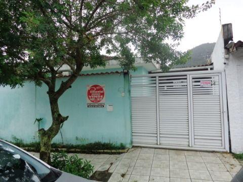 Casa 2 dormitórios p/ venda no Canto do Forte