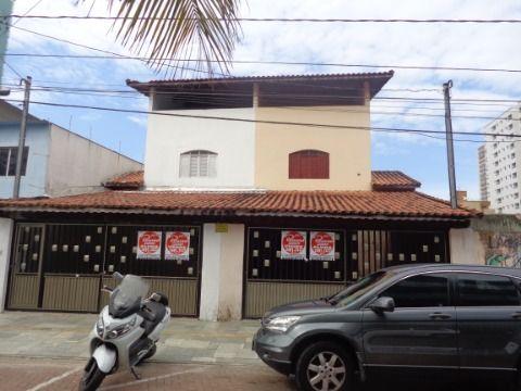 Sobrado 3 dormitórios p/  Locação Residencial/Comercial no Centro do Boqueirão