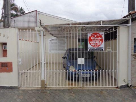 Casa Geminada Reformada p/ venda no Forte