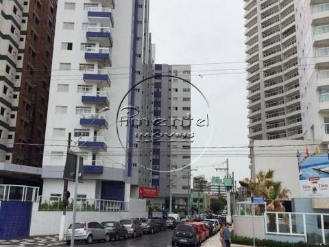 Apartamento 1 dormitório p/ alugar no Centro do Boqueirão Prédio à Beira Mar