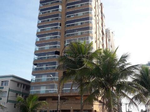 Apartamento 2 dormitórios p/ venda no Boqueirão Prédio à Beira Mar
