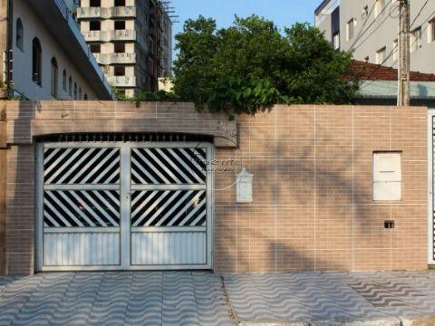 Casa Geminada 3 dormitórios c/ piscina p/ venda na Guilhermina