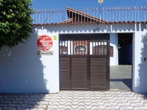 Casa Isolada 3 suites p/ venda no Forte