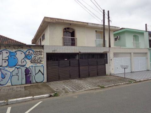 Sobrado Geminado 5 dormitórios p/ venda no Boqueirão