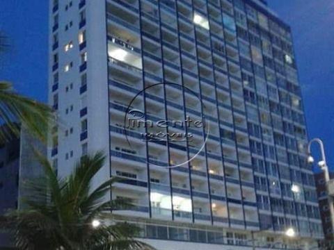 Apartamento 1 dormitório p/ Venda no Centro do Boqueirão Prédio à Beira Mar