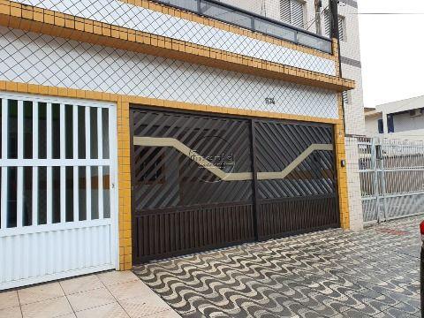 Sobrado Geminado 3 dormitórios p/ alugar no Centro do Boqueirão