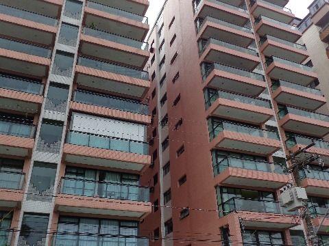 Apartamento 4 suites p/ venda no Forte