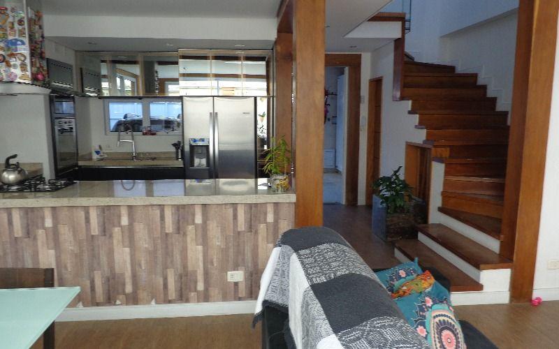 Vista p/ a cozinha