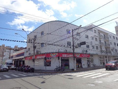Salas Comerciais c/ 210 m2 p/ Alugar no Centro do Boqueirão