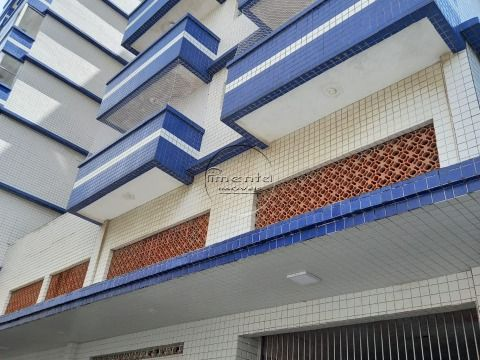 Apartamento Reformado 2 dormitórios p/ venda no Centro Comercial do Boqueirão