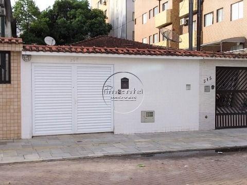 Casa Geminada Reformada 2 dormitórios p/ venda no Centro do Boqueirão