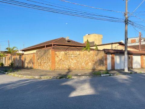 Casa Isolada 3 dormitórios p/ Venda no Tude Bastos