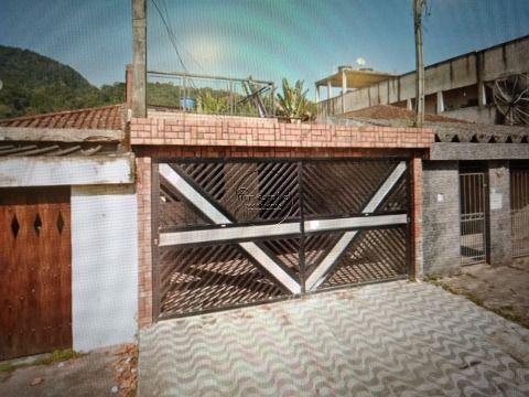 Casa 2 dormitórios p/ Venda e Locação no Japuí em S. Vicente