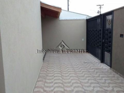 Casa residencial 3 dormitórios - Regissol - Mirassol/SP