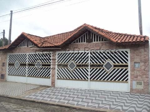 Casa semi-nova
