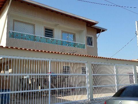 Casas novas em condomínio