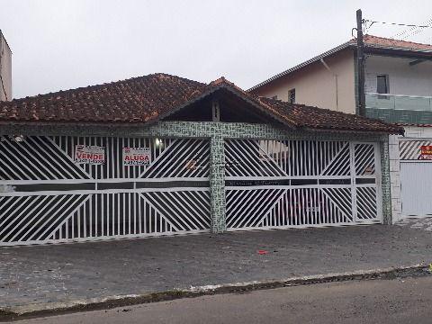 Casa geminada em condomínio