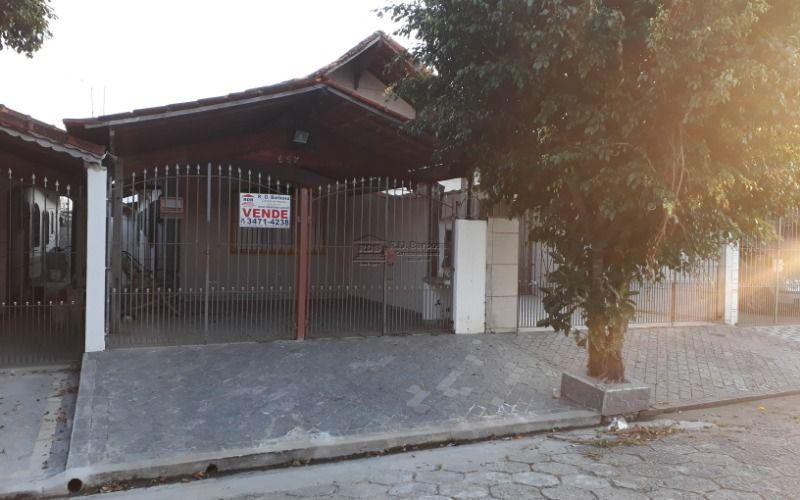 Casa geminada zona 1