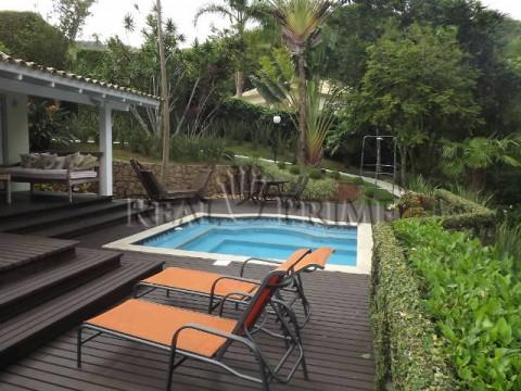 Magnífica propriedade a venda na Lagoa da Conceição