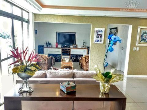 Apartamento em Coqueiros - Florianópolis