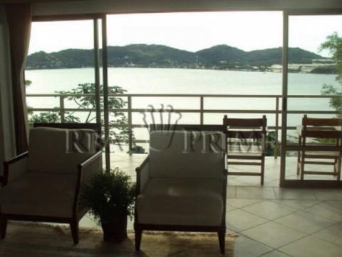 Casa com 4 dormitórios na Lagoa da Conceição