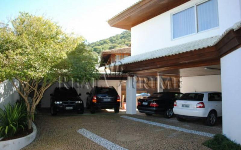 Casa Maravilhosa á Venda na Beira da Lagoa da Conceição - Foto 6