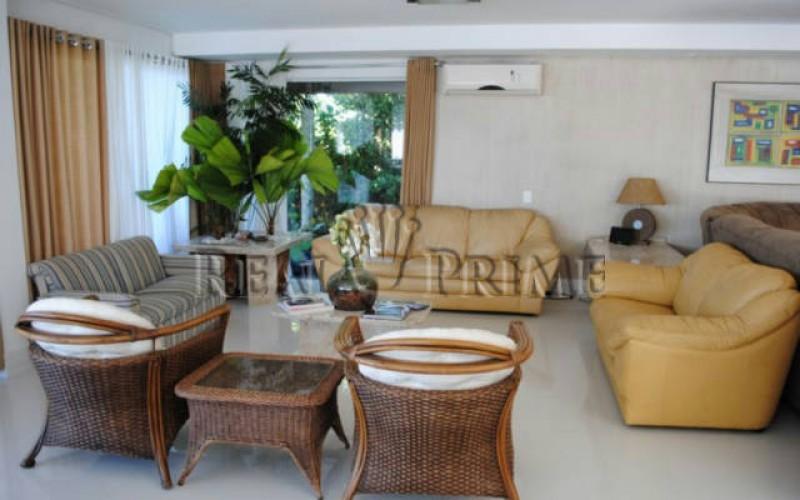 Casa Maravilhosa á Venda na Beira da Lagoa da Conceição - Foto 9
