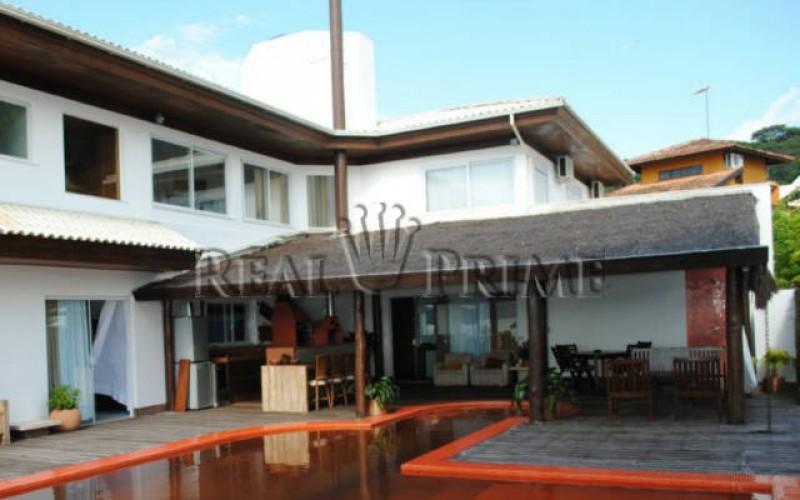 Casa Maravilhosa á Venda na Beira da Lagoa da Conceição - Foto 4
