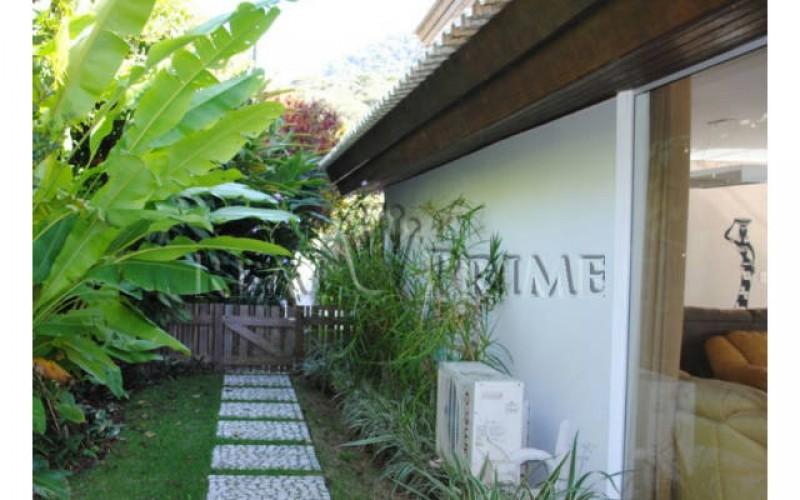 Casa Maravilhosa á Venda na Beira da Lagoa da Conceição - Foto 10