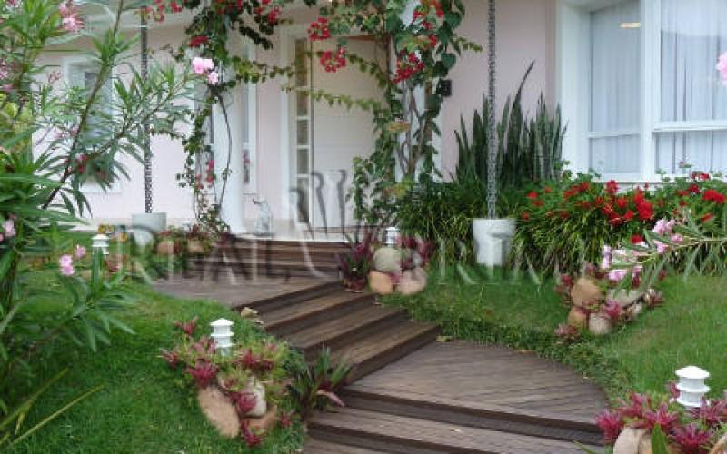 Linda Casa de 705 m² no Bairro Cachoeira do Bom Jesus. - Foto 10