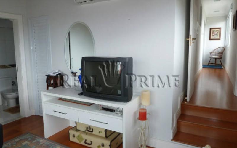 Linda Casa de 705 m² no Bairro Cachoeira do Bom Jesus. - Foto 43