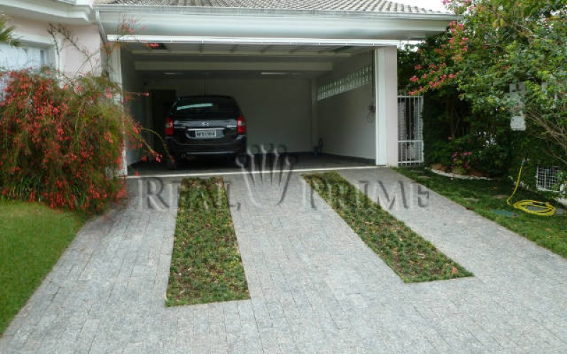 Linda Casa de 705 m² no Bairro Cachoeira do Bom Jesus. - Foto 29