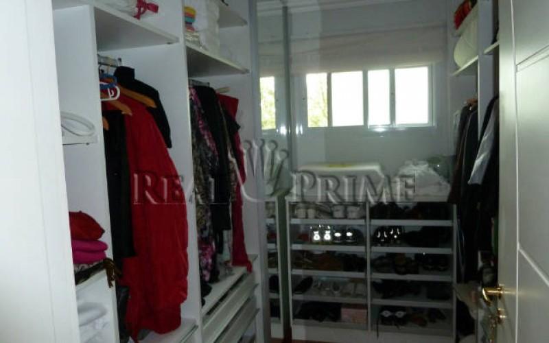 Linda Casa de 705 m² no Bairro Cachoeira do Bom Jesus. - Foto 25