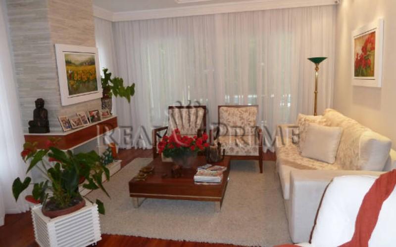 Linda Casa de 705 m² no Bairro Cachoeira do Bom Jesus. - Foto 13