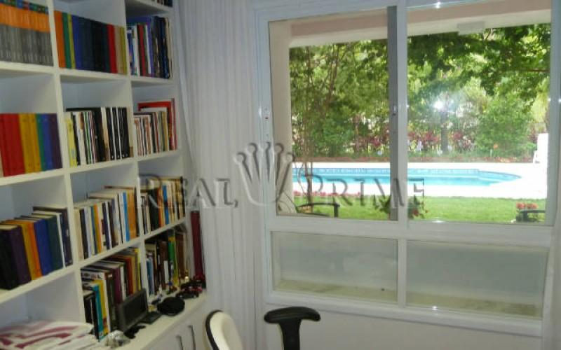 Linda Casa de 705 m² no Bairro Cachoeira do Bom Jesus. - Foto 20