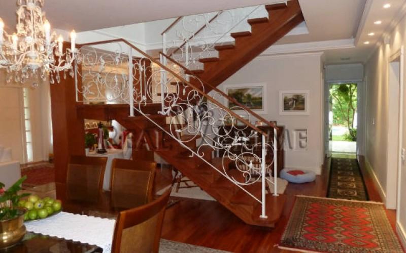 Linda Casa de 705 m² no Bairro Cachoeira do Bom Jesus. - Foto 17