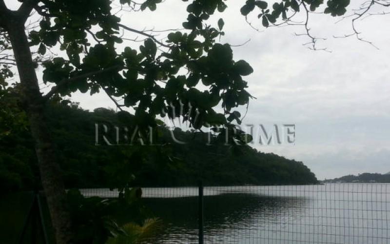 Casa de Alto Padrão em Condominio Fechado na Beira da Lagoa da - Foto 11