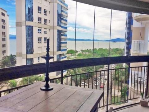 Lindo apartamento no centro Florianópolis.