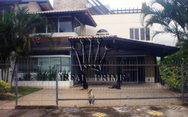 Linda Casa na Barra da Lagoa!