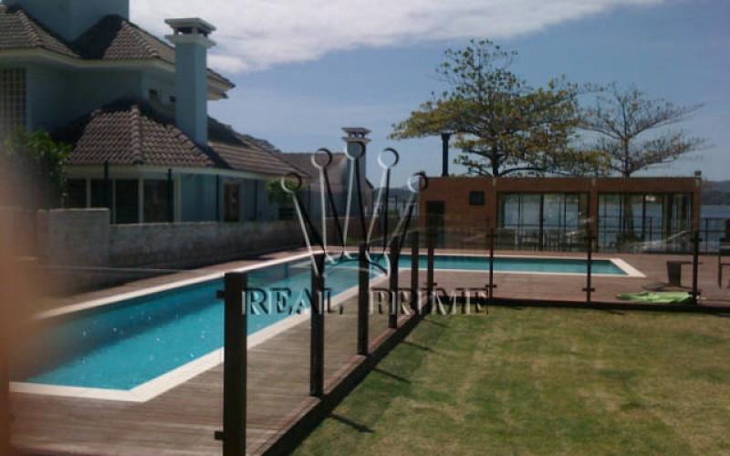 Casa em Condominio de Alto Padrão á Beira D'agua no Canto da - Foto 27