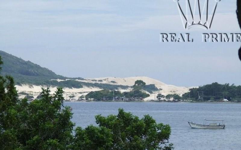 Linda Casa na Beira da Lagoa da Conceição! - Foto 41