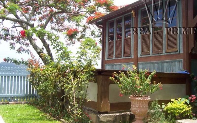 Linda Casa na Beira da Lagoa da Conceição! - Foto 18